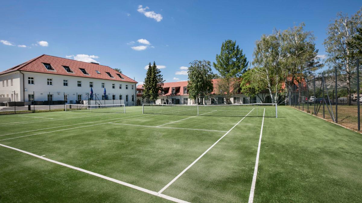 Tennis2 c he